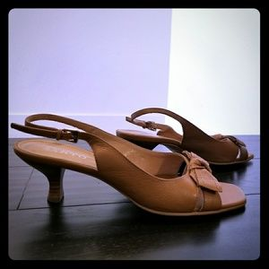 Tan Camel Leather Kitten Peep Toe Heel Sandals Bow